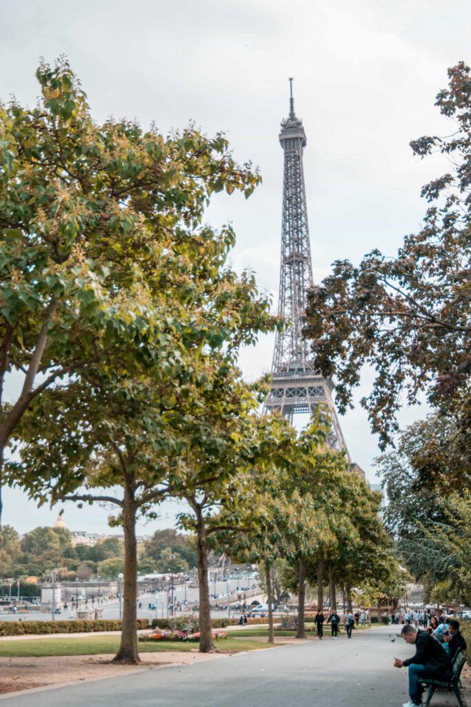 ParisCentrum41 683x1024 - Top 10 bezienswaardigheden in Parijs voor een ultieme stedentrip