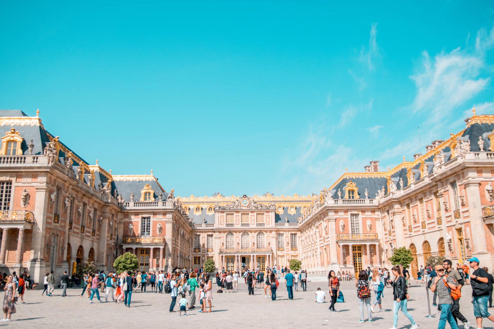 Versailles1 - Kasteel van Versailles bezoeken: alles wat je moet weten! (+ tips om de wachtrij over te slaan!)
