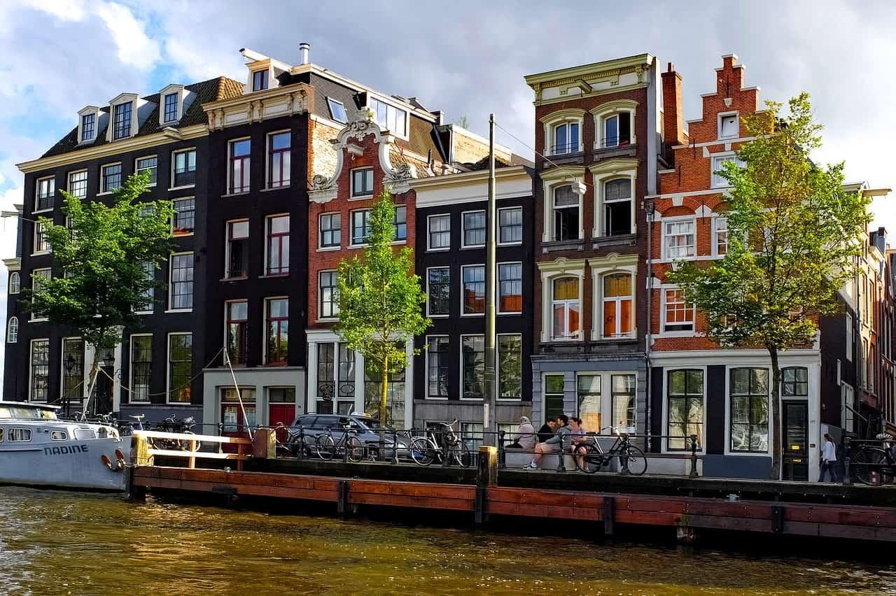nederland featured amsterdam pixabay - De 18 mooiste plekken in Noord-Holland voor een dagje uit