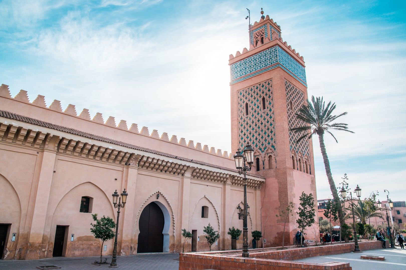 Marrakech Saadiens Tombs Palace1 - Marrakech prijzen: zoveel kost een stedentrip naar Marrakech!
