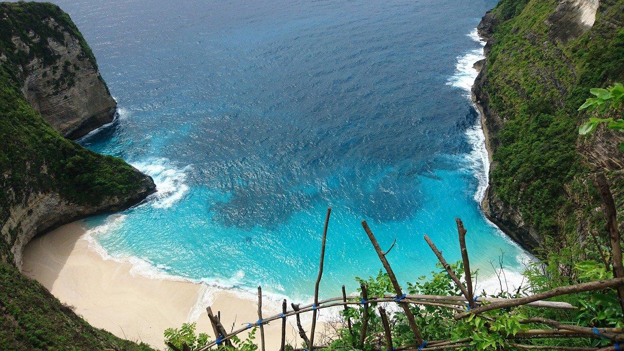 bali strand pixabay - De beste reistijd voor Bali (klimaat + tips voor elk seizoen)